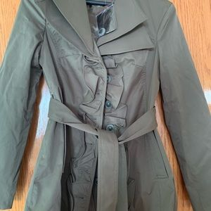 Brand NEW Chic Army green KENAR trench coat, Small